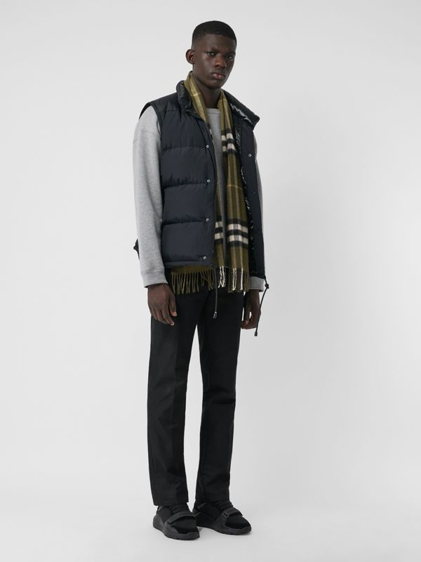 The Classic Check Cashmere Scarf in Olive Green | Burberry United States - cell image 3