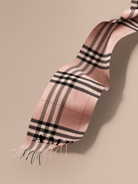 The Classic Cashmere Scarf in Check in Ash Rose