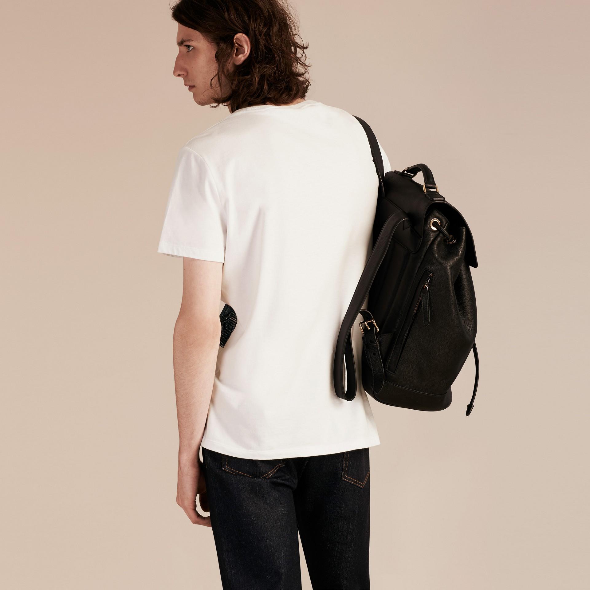 Bianco T-shirt in cotone effetto texture con motivo check Bianco - immagine della galleria 3