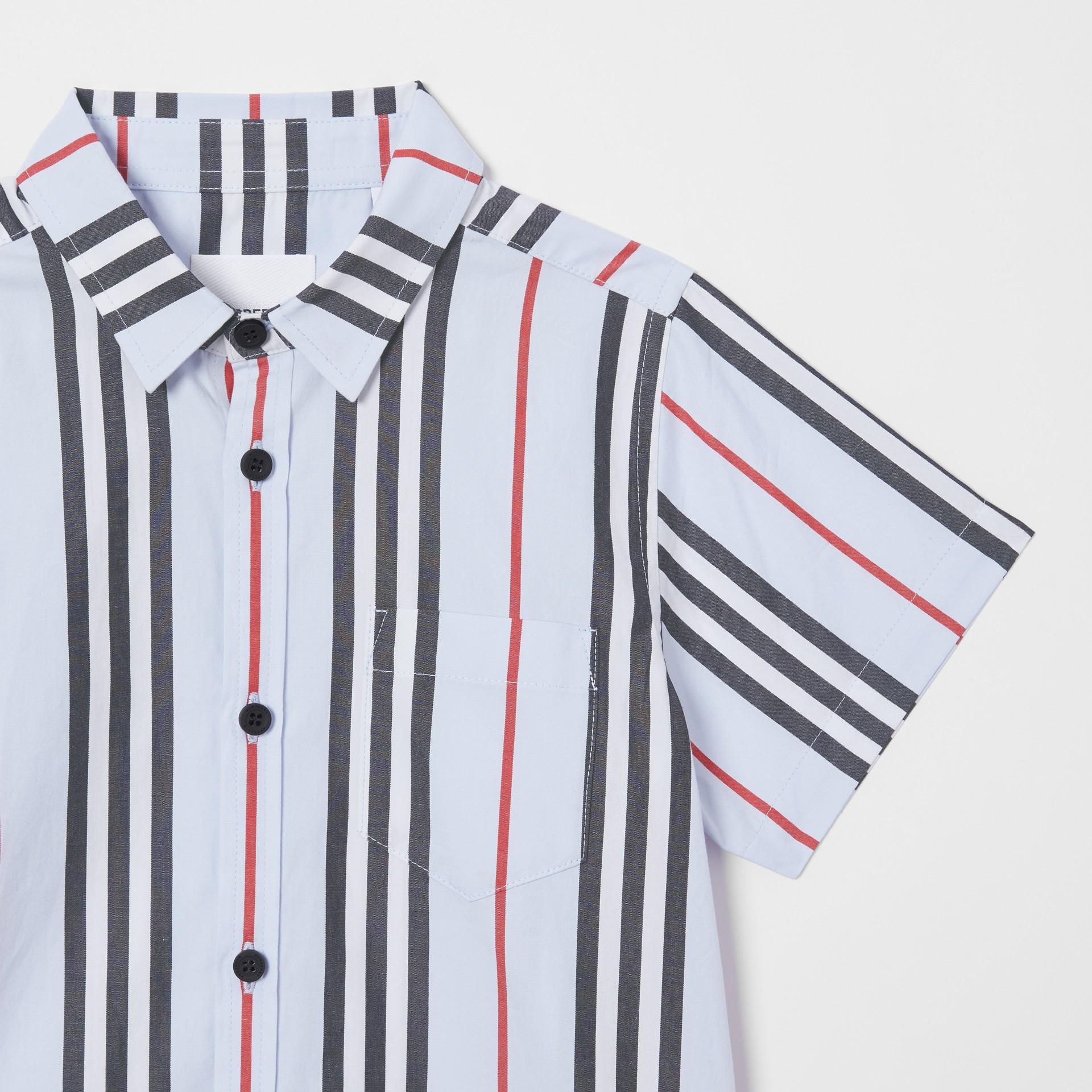 Short-sleeve Icon Stripe Cotton Poplin Shirt in Pale Blue | Burberry United Kingdom - gallery image 4