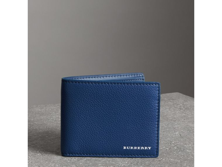 Grainy Leather Bifold Wallet in Bright Ultramarine - Men | Burberry United Kingdom - cell image 4