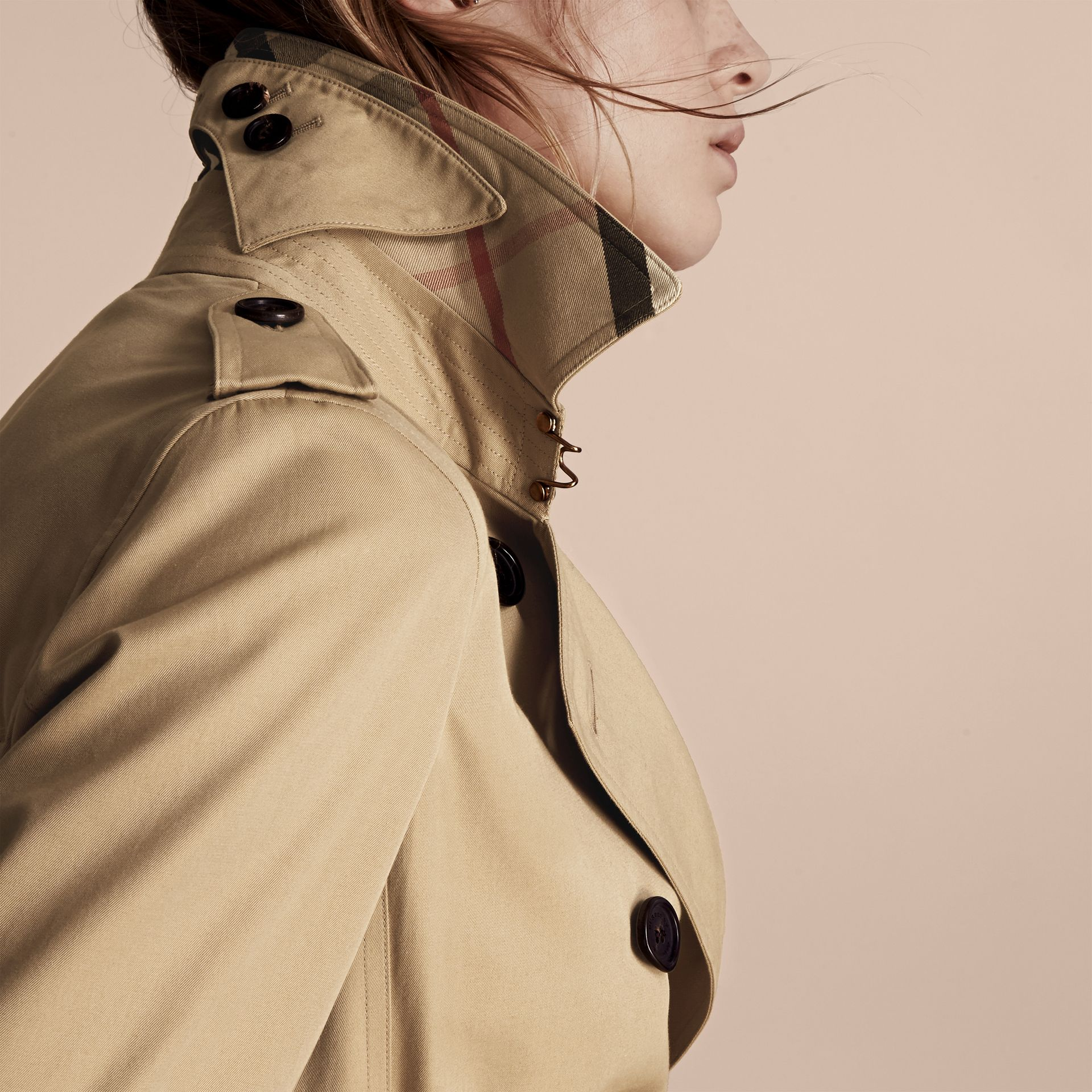 Miel The Kensington – Trench-coat Heritage mi-long Miel - photo de la galerie 5