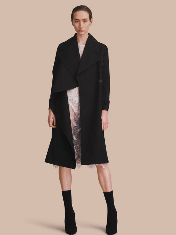 Cotton Gabardine Coat with Curved Closure Black