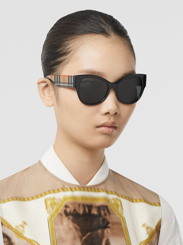 Vintage Check Detail Butterfly Frame Sunglasses in Black/beige - Women | Burberry Australia - cell image 2
