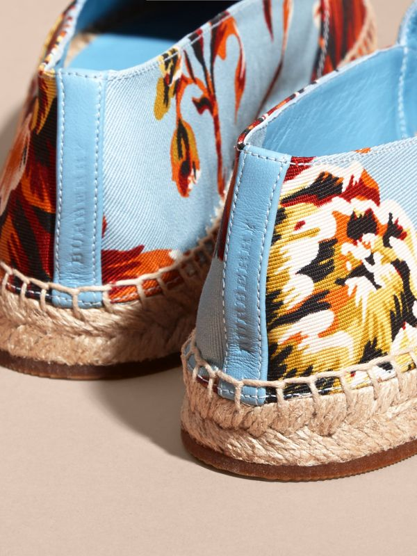 Peony Rose Print Canvas Espadrilles in Vibrant Orange | Burberry United States - cell image 3