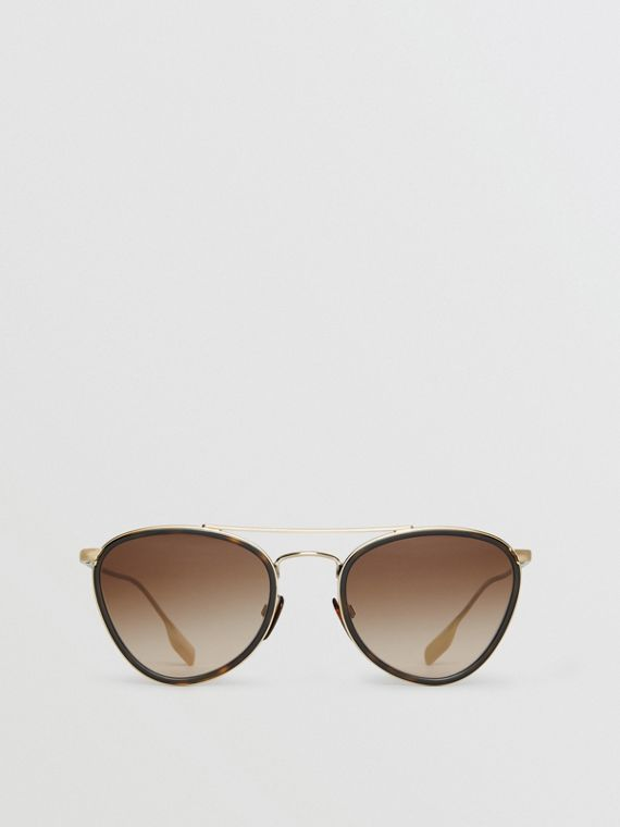 Pilot Sunglasses in Tortoise Shell