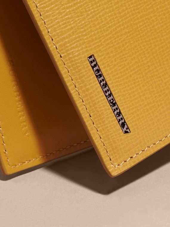 London Leather Bifold Wallet in Larch Yellow - cell image 3