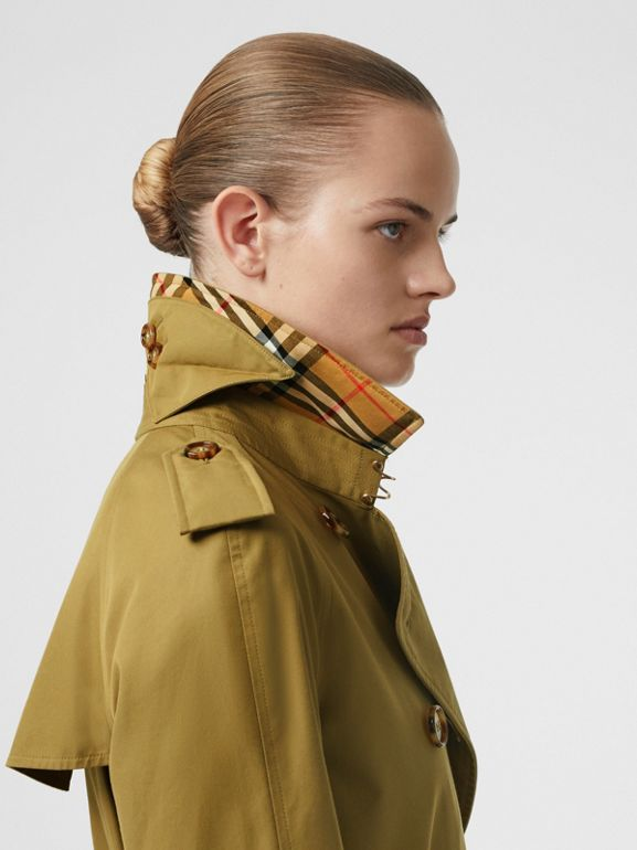 The Waterloo Trench Coat in Rich Olive - Women | Burberry United Kingdom - cell image 1