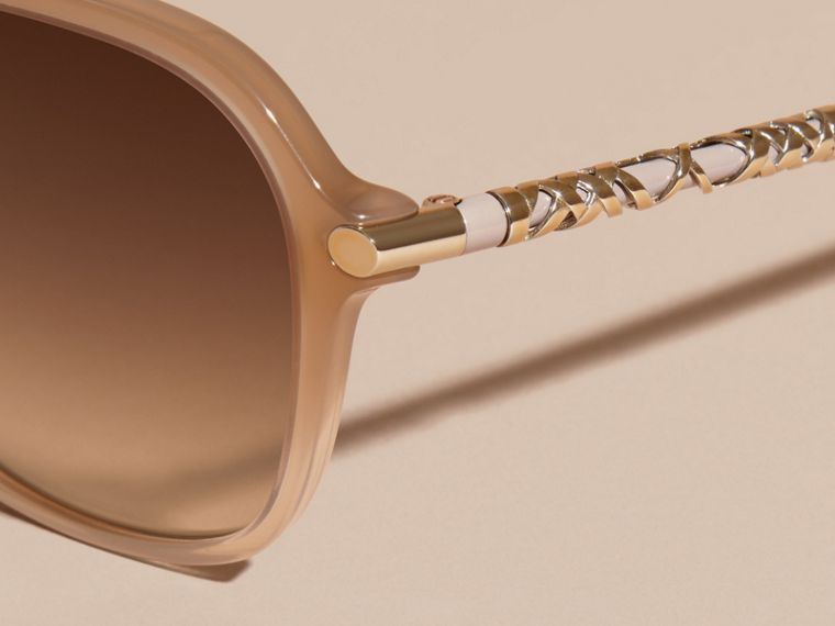 Chino grey Check Detail Round Frame Sunglasses Chino Grey - cell image 1