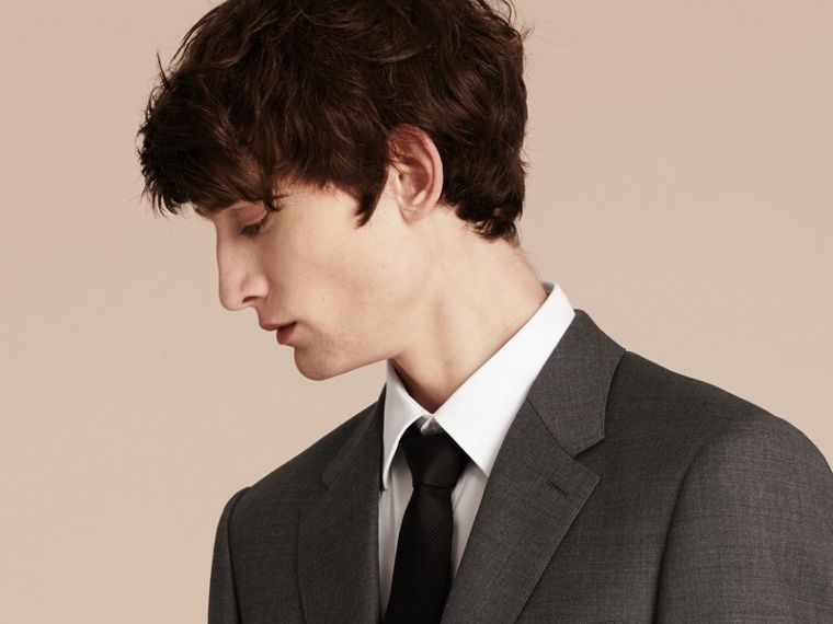 Modern Fit Travel Tailoring Virgin Wool Suit - Men | Burberry - cell image 4