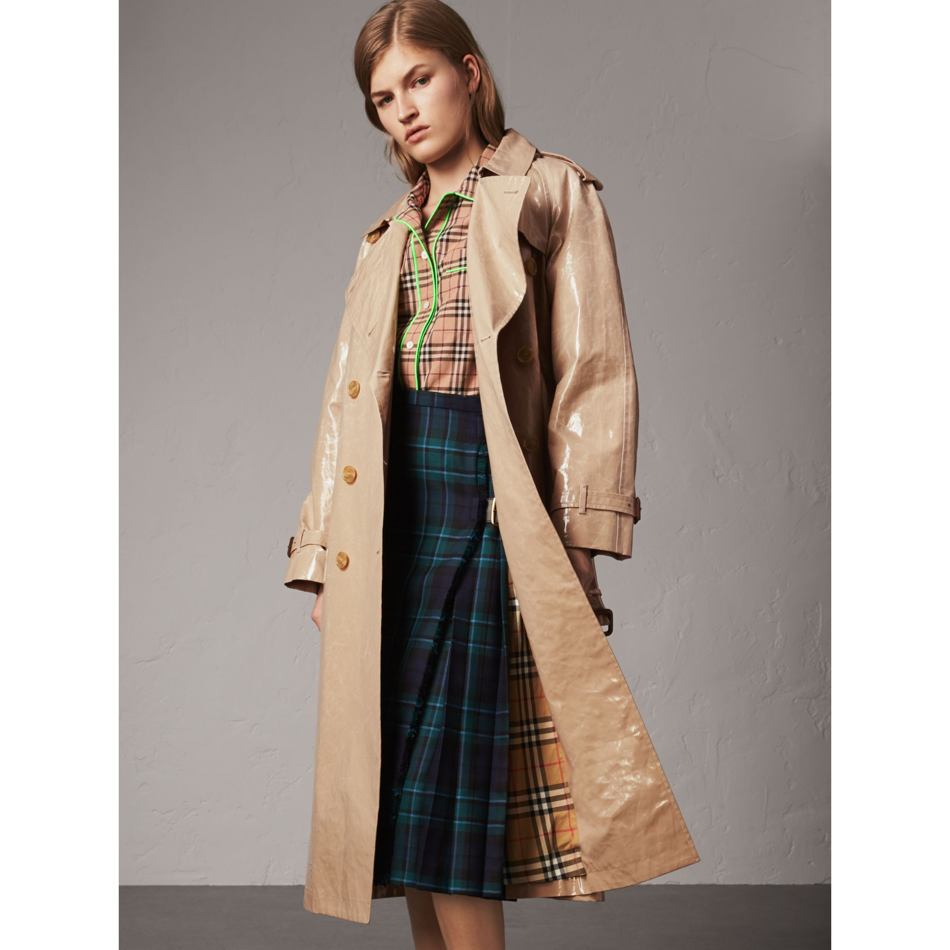 Raglan-sleeve Laminated Gabardine Trench Coat in Honey - Women | Burberry - gallery image 6