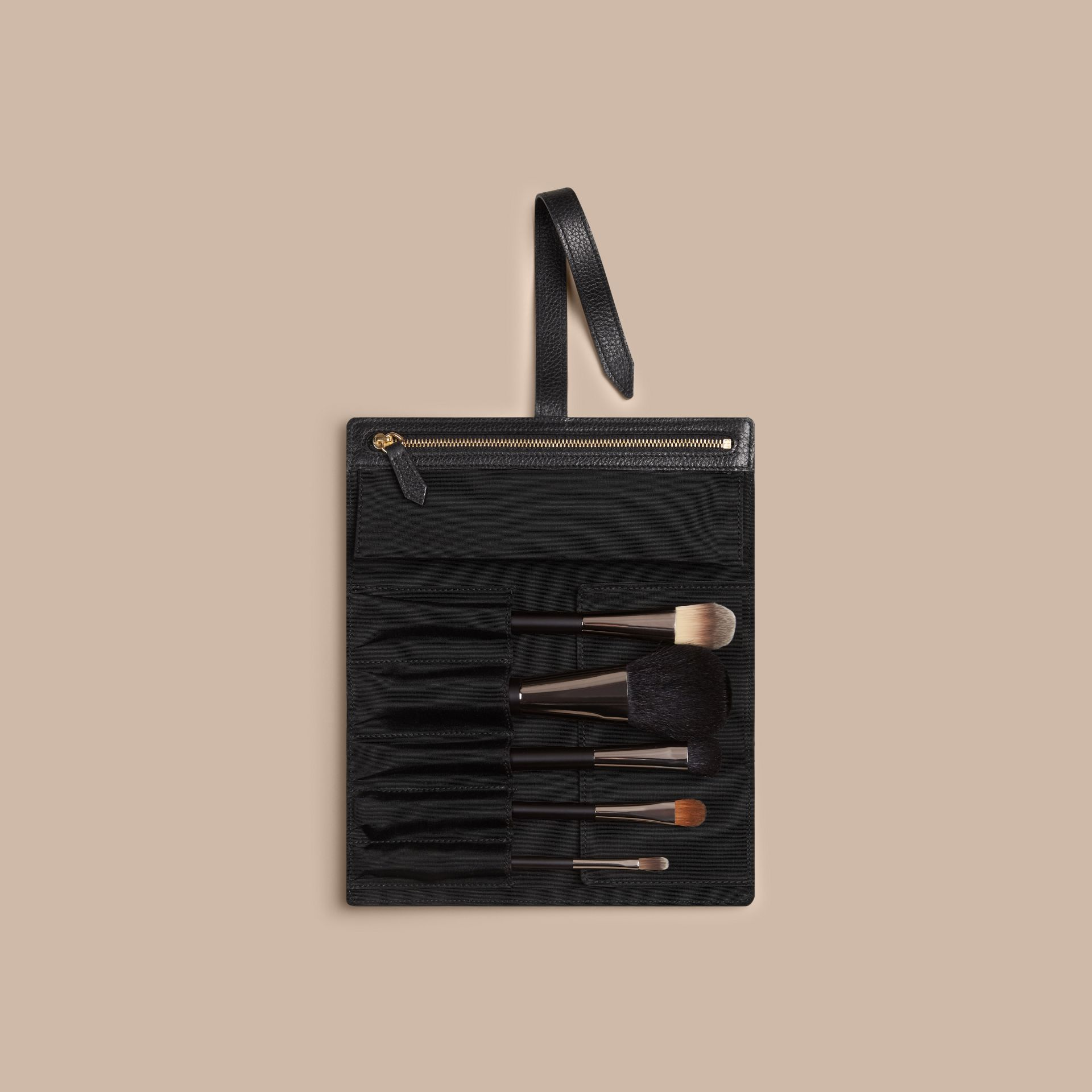 Noir Pochette à pinceaux en cuir grainé Noir - photo de la galerie 4