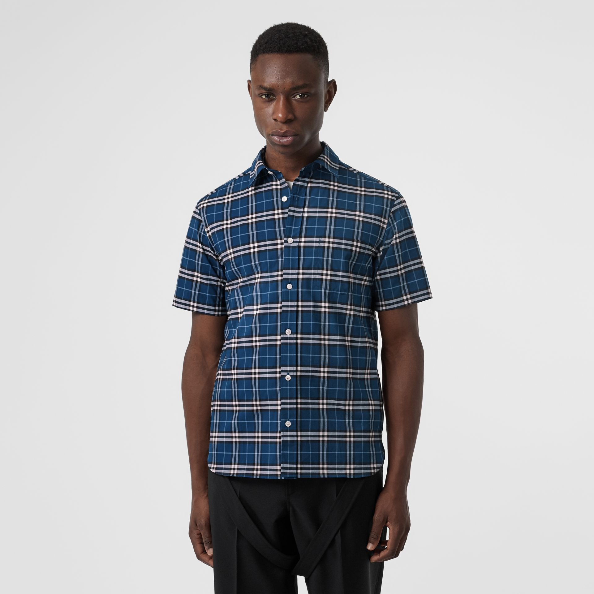 Short-sleeve Check Stretch Cotton Shirt in Steel Blue - Men | Burberry - gallery image 4