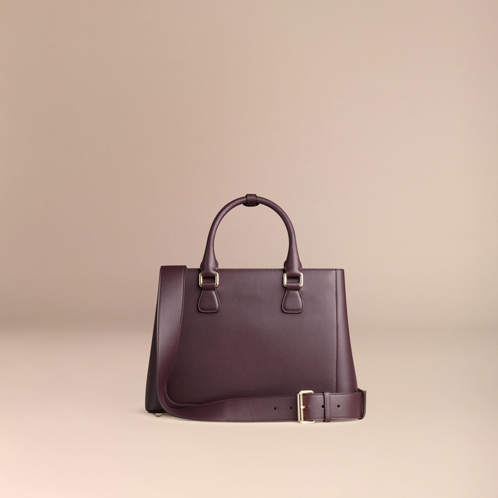 Dark amethyst The Medium Saddle Bag in Smooth Bonded Leather Dark Amethyst - gallery image 4