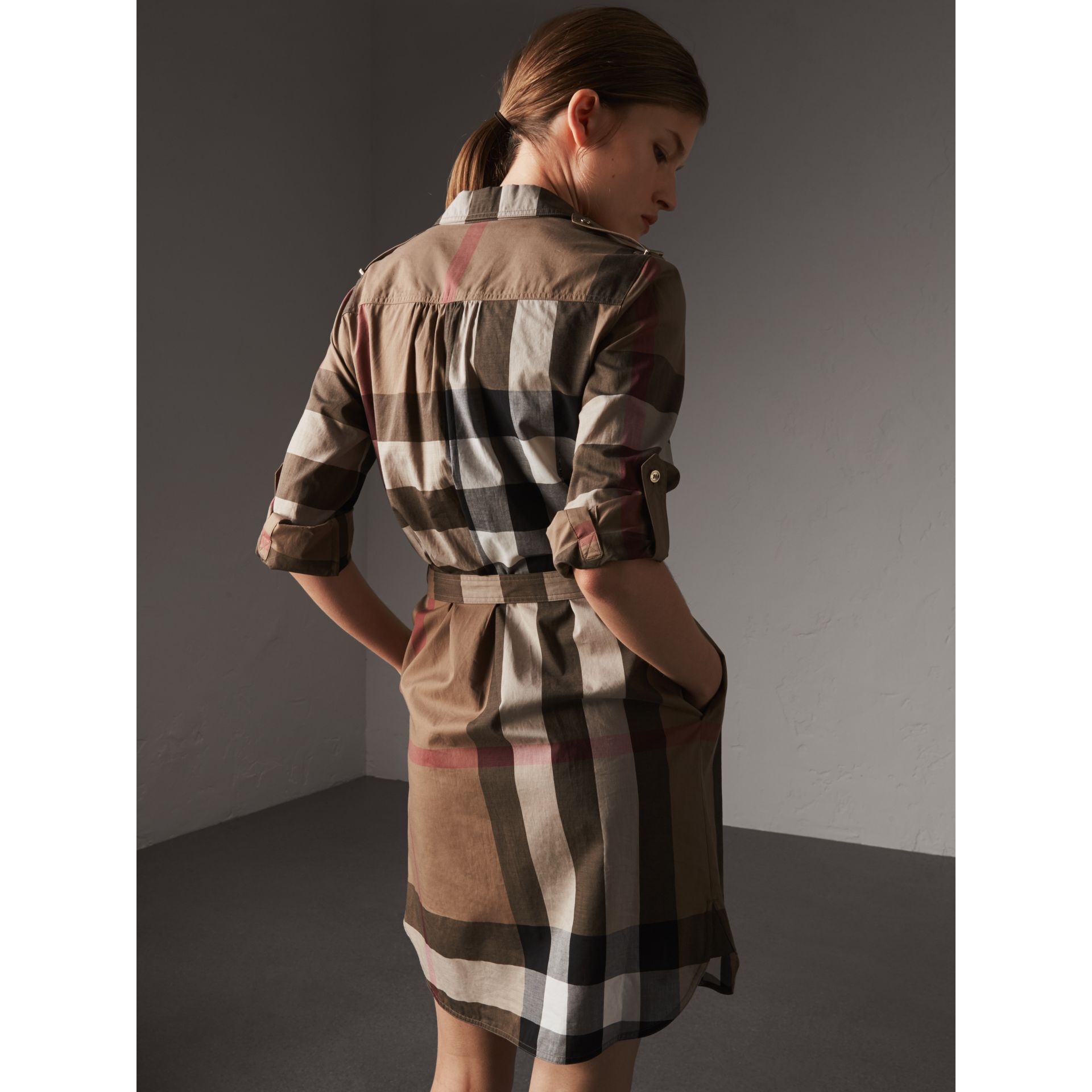 Check Cotton Shirt Dress in Taupe Brown - Women | Burberry Australia - gallery image 2