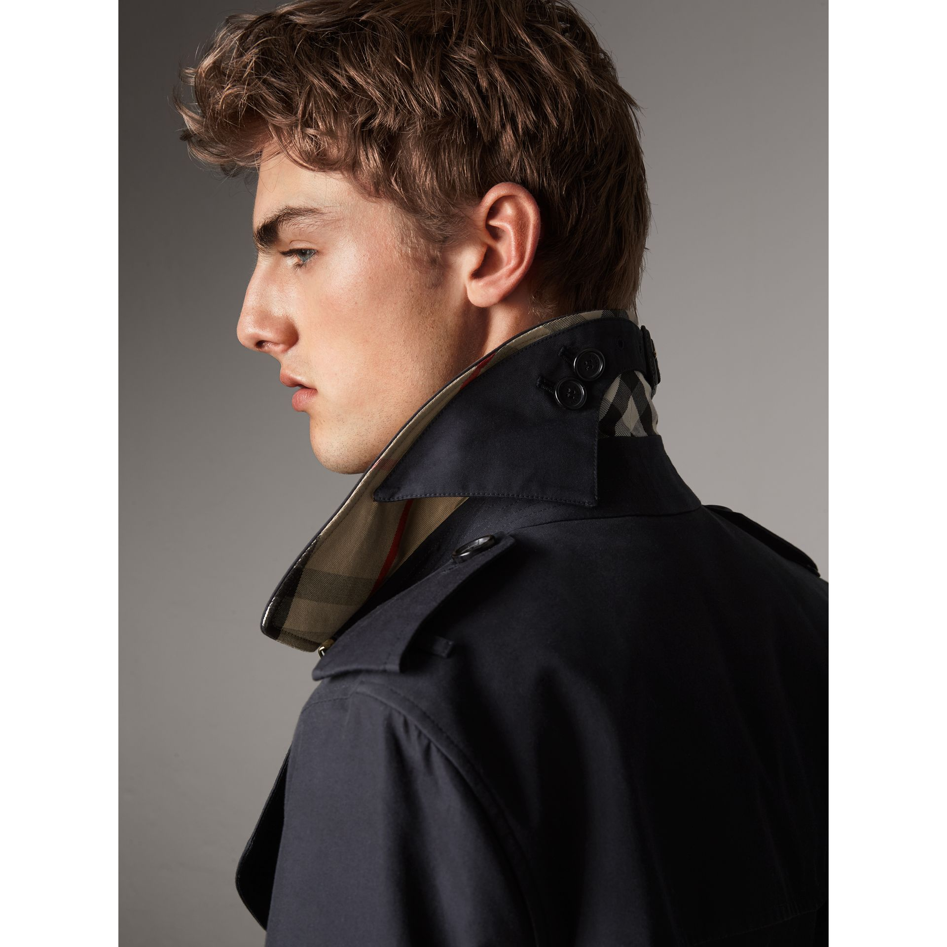 The Sandringham – Long Trench Coat in Navy - Men | Burberry - gallery image 1