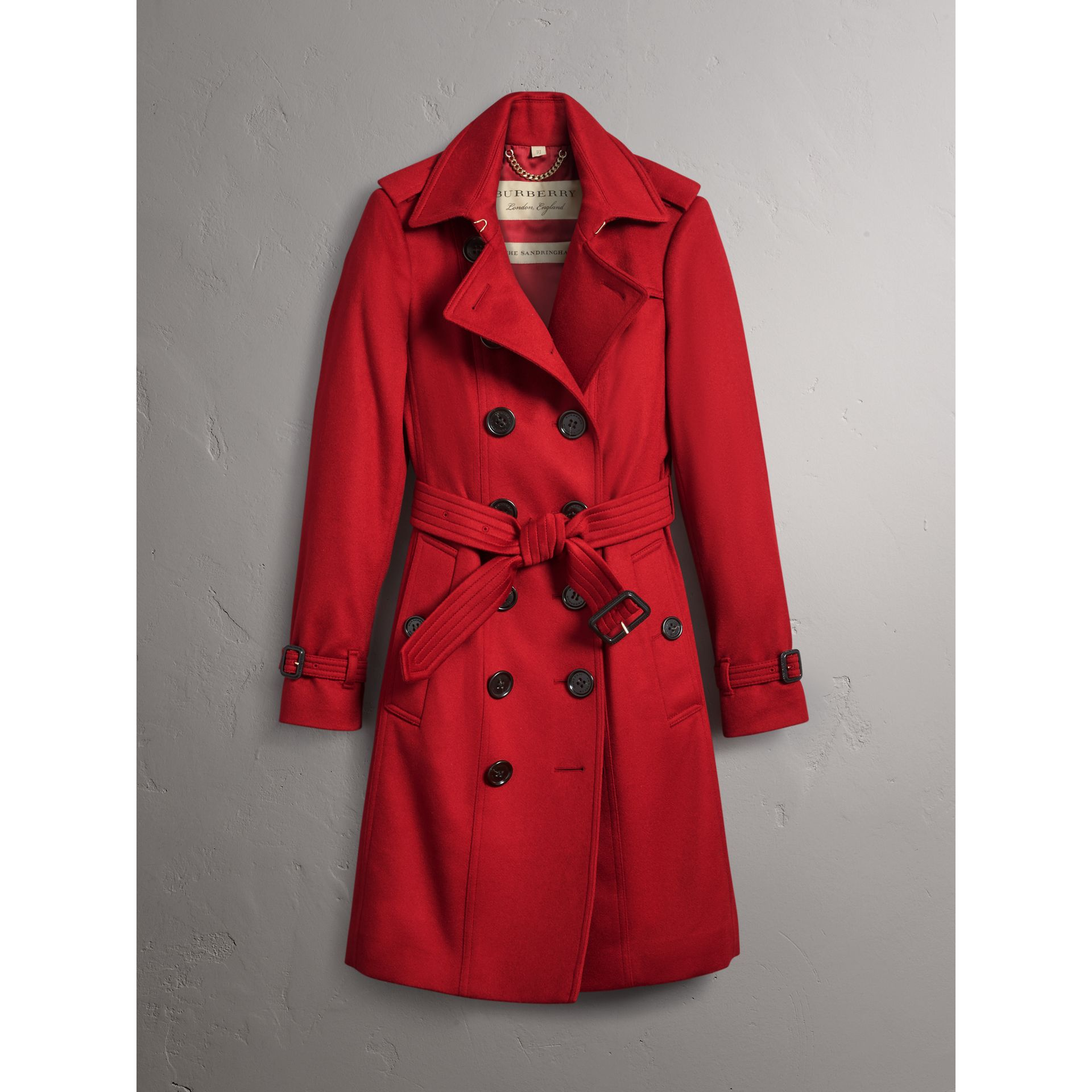 Trench en cachemire de coupe Sandringham (Rouge Parade) - Femme | Burberry - photo de la galerie 3
