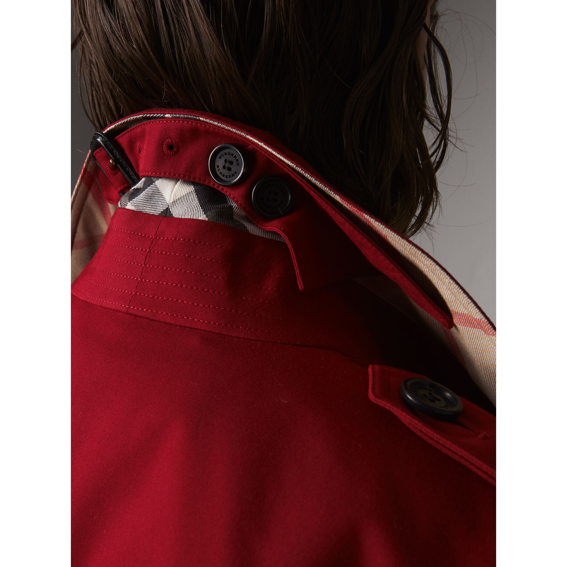 The Kensington – Long Trench Coat in Parade Red - Women | Burberry - gallery image 2