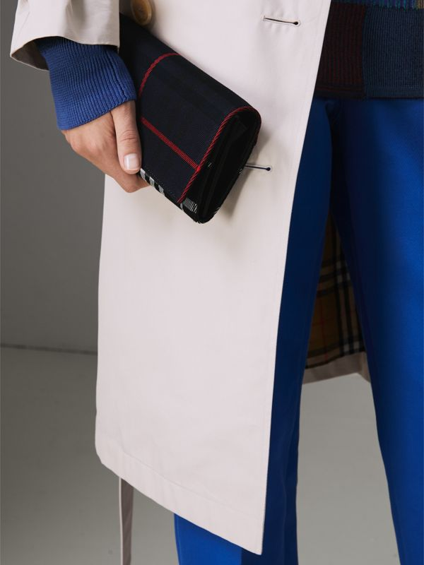 Tartan Cotton and Leather Wallet with Chain in Deep Navy/black - Women | Burberry Canada - cell image 3