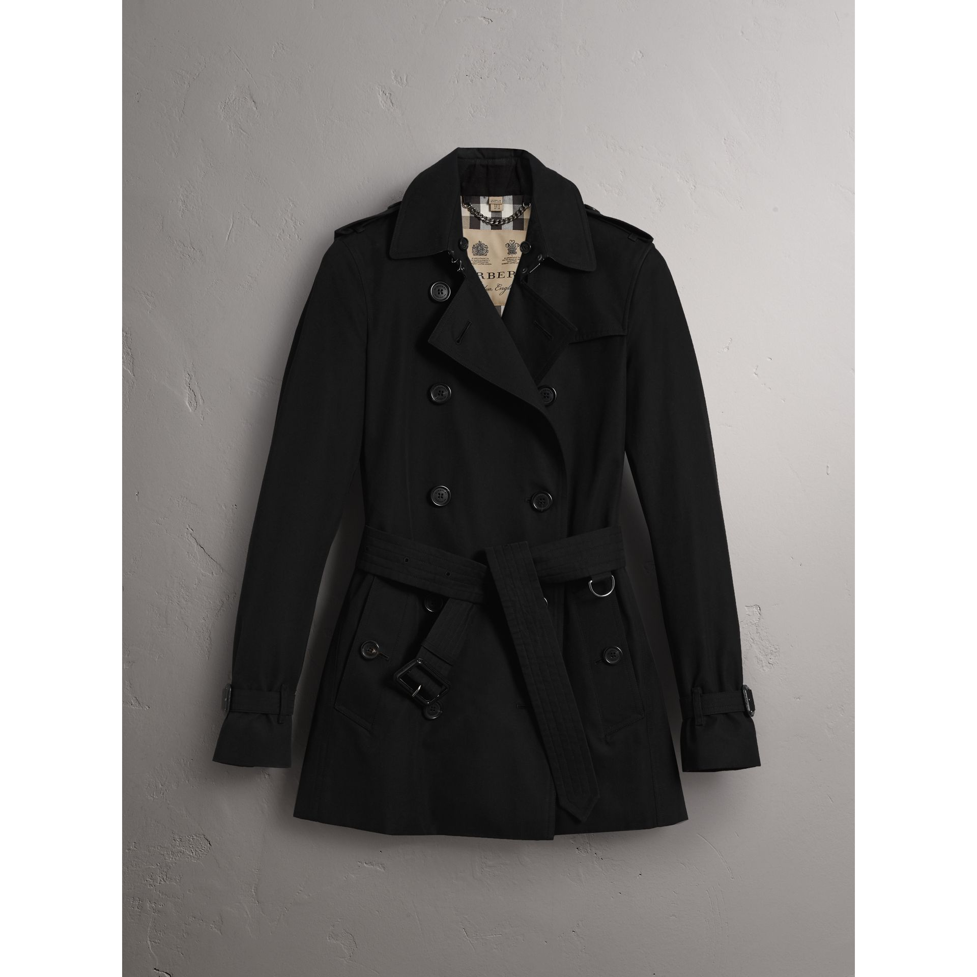 The Kensington - Trench coat corto (Nero) - Donna | Burberry - immagine della galleria 4