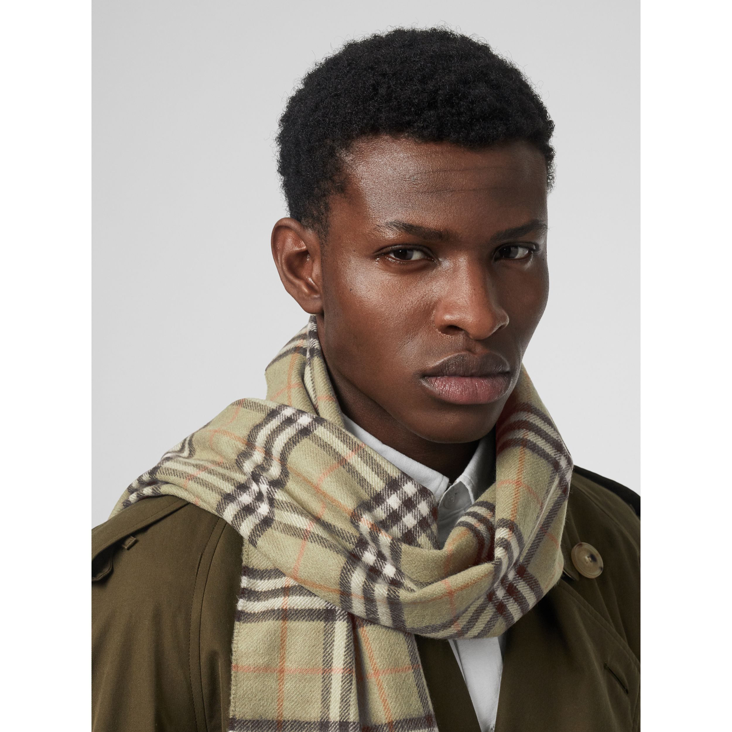 The Classic Vintage Check Cashmere Scarf in Pale Powder Green - Men | Burberry - 4