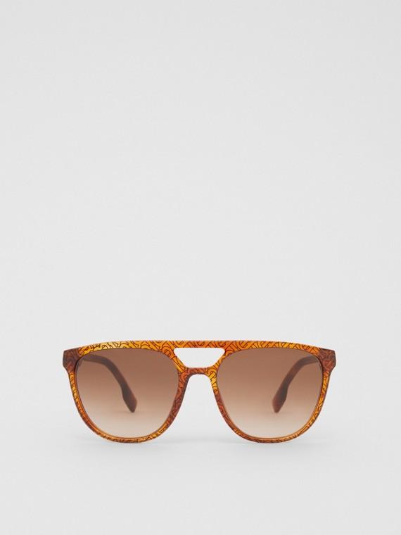 Navigator Sunglasses in Tortoiseshell Amber
