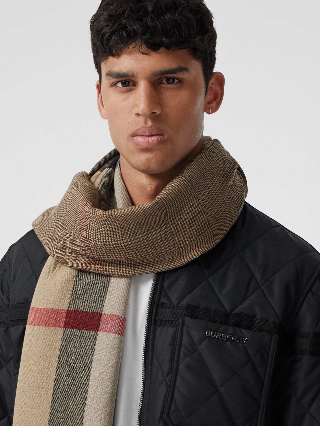 Reversible Check Cashmere Scarf in Archive Beige