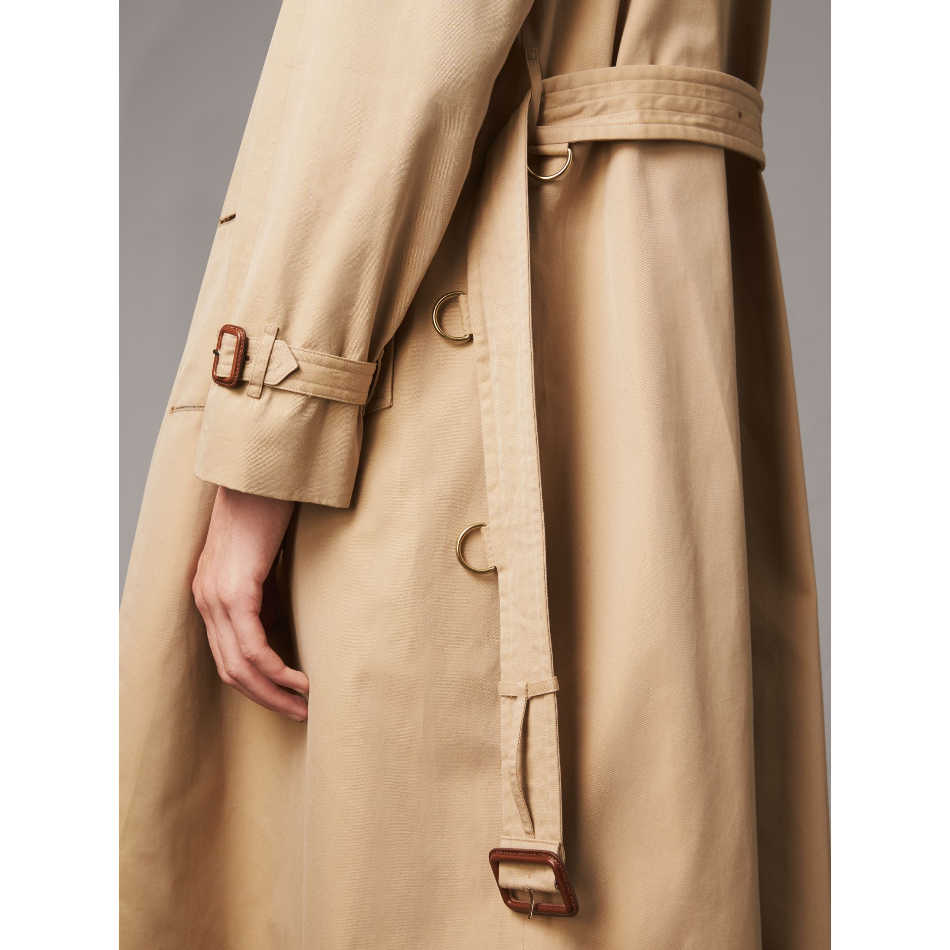 Bird Button Cotton Gabardine Trench Coat in Honey - Men | Burberry Singapore - gallery image 5