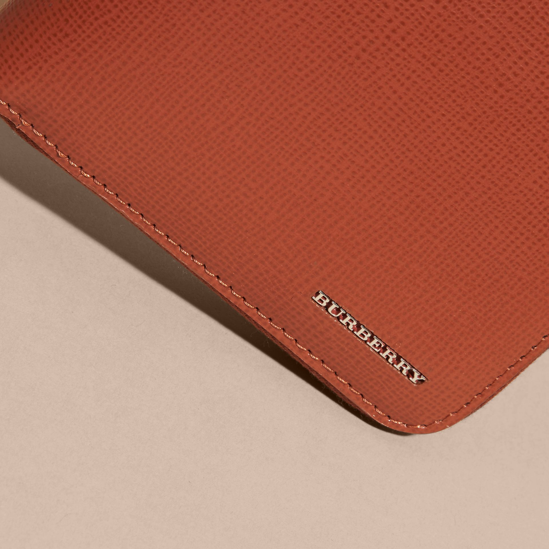 London Leather Ziparound Wallet Burnt Sienna - gallery image 3