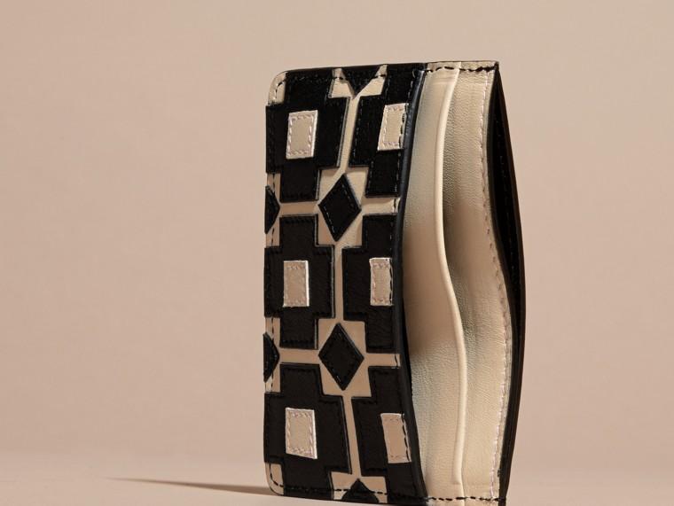 Stone Geometric Appliqué Leather Card Case - cell image 4