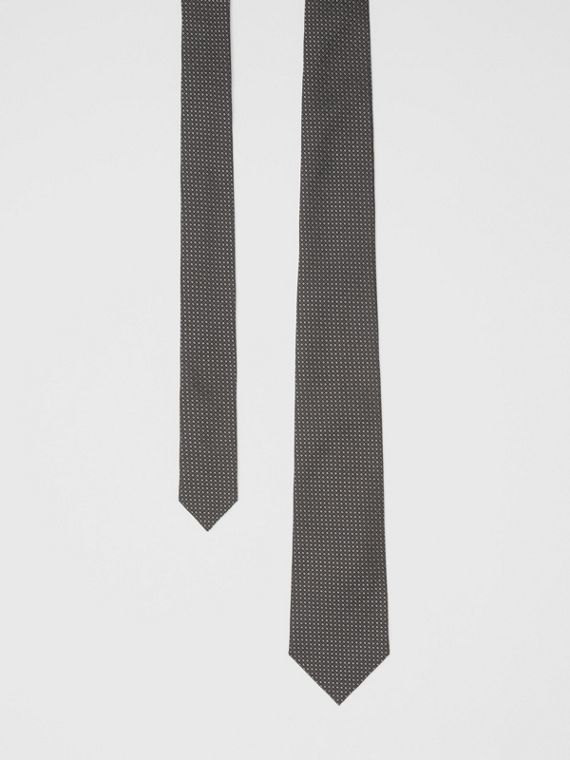 Classic Cut Micro Dot Silk Jacquard Tie in Black