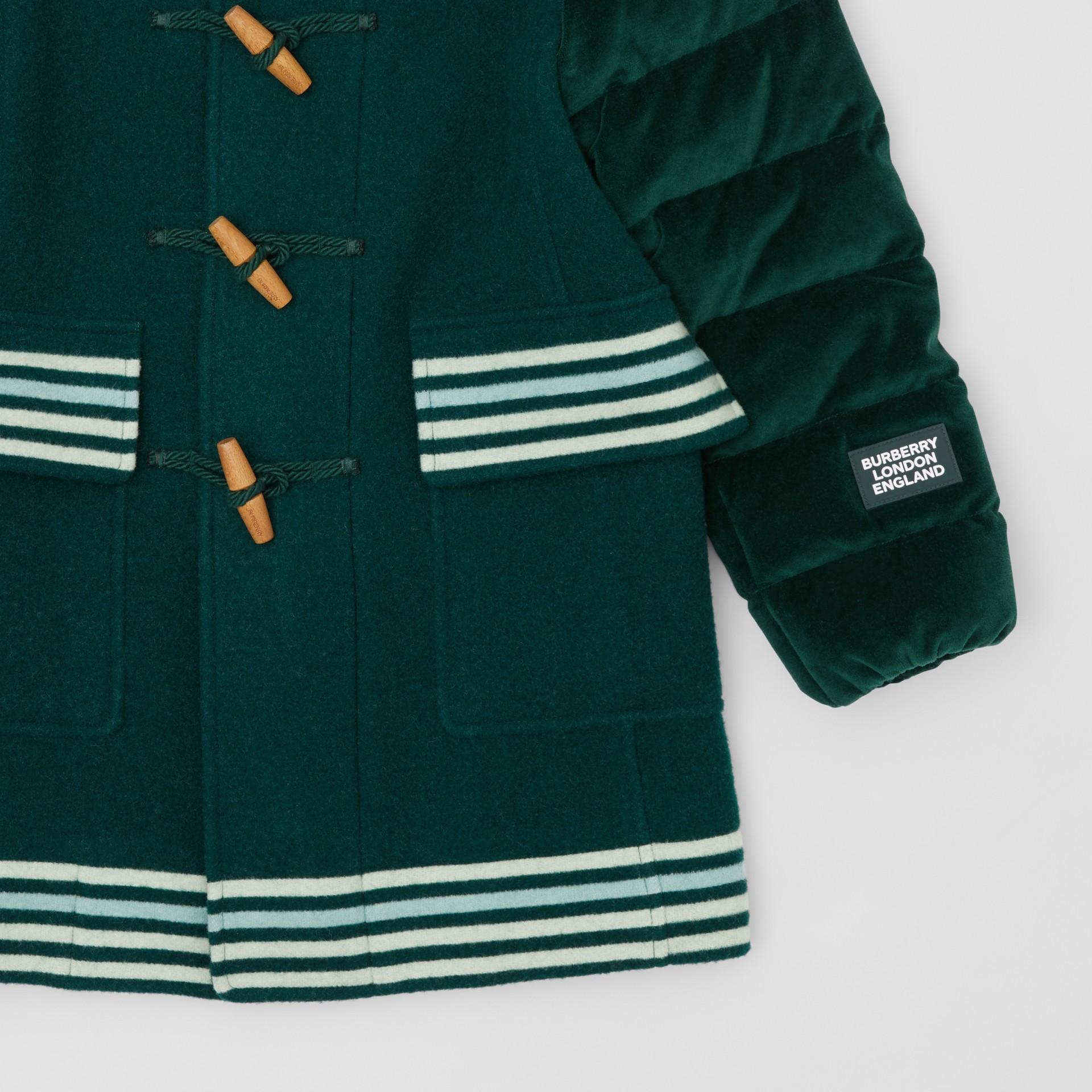 Velvet Puffer Detail Wool Duffle Coat in Dark Pine Green | Burberry - gallery image 4
