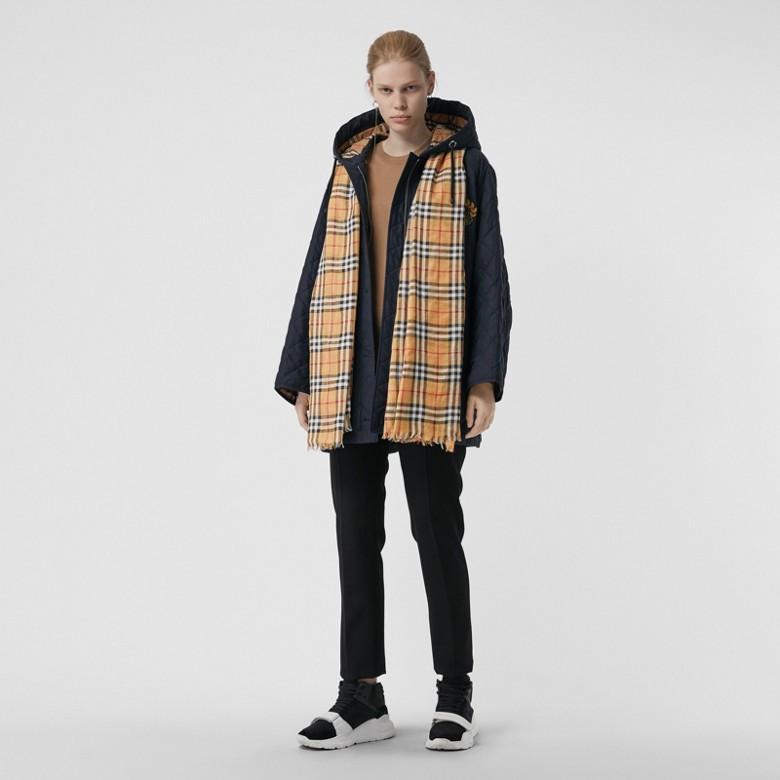 Burberry - Écharpe légère en laine et soie à motif Vintage check - 3