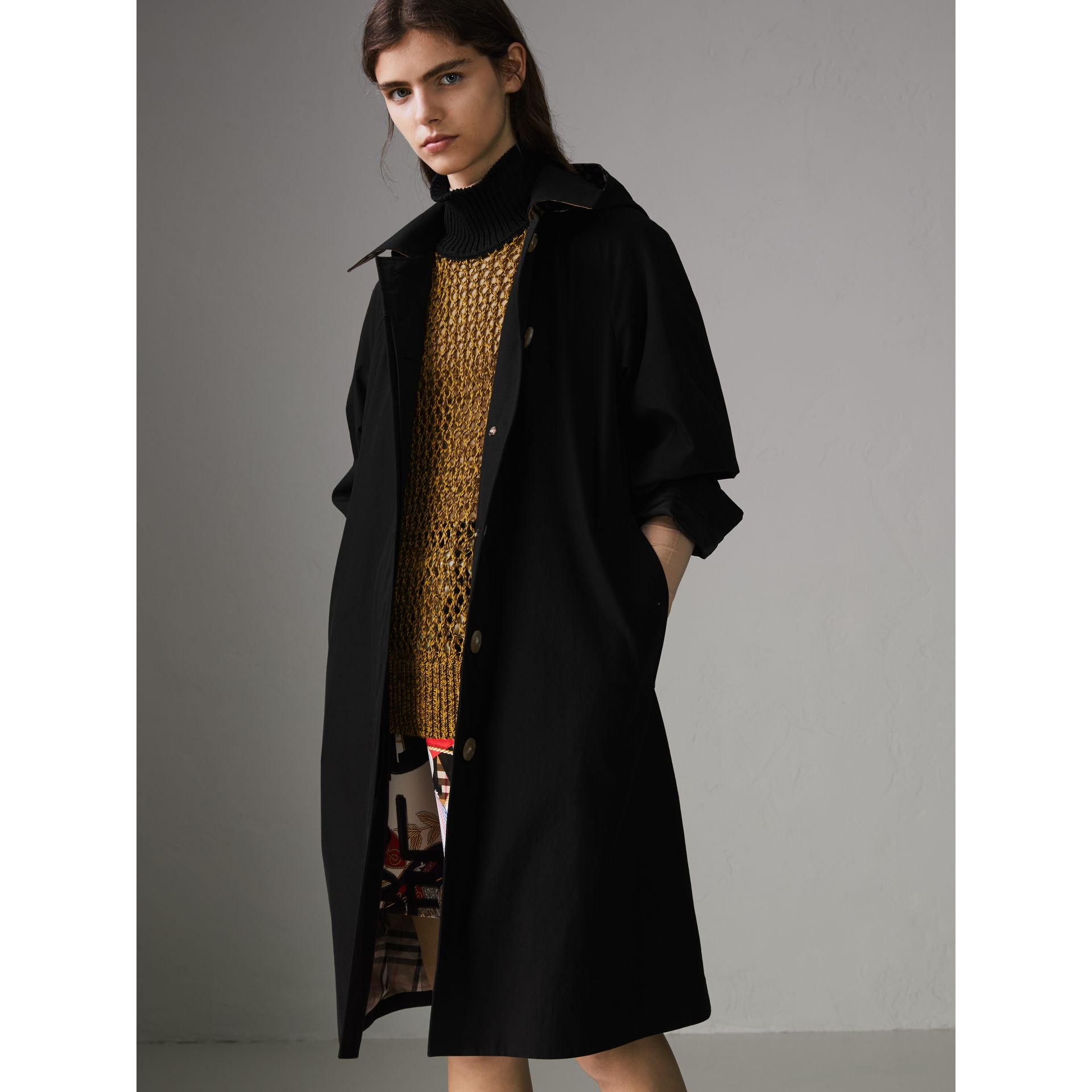 Detachable Hood Tropical Gabardine Car Coat in Black - Women | Burberry - gallery image 5