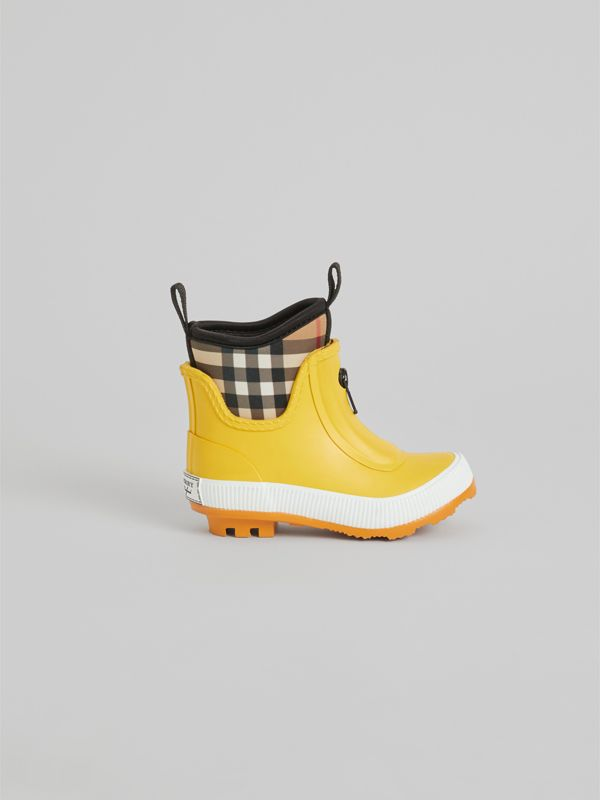 Vintage Check Neoprene and Rubber Rain Boots in Vibrant Lemon - Children | Burberry United Kingdom - cell image 3