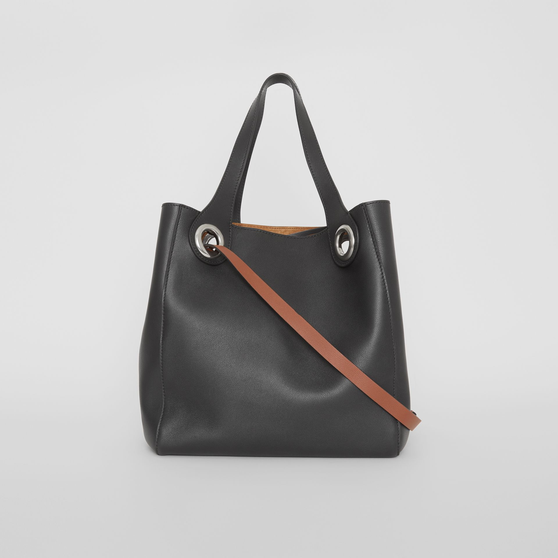 The Medium Leather Grommet Detail Tote in Black - Women | Burberry United Kingdom - gallery image 7