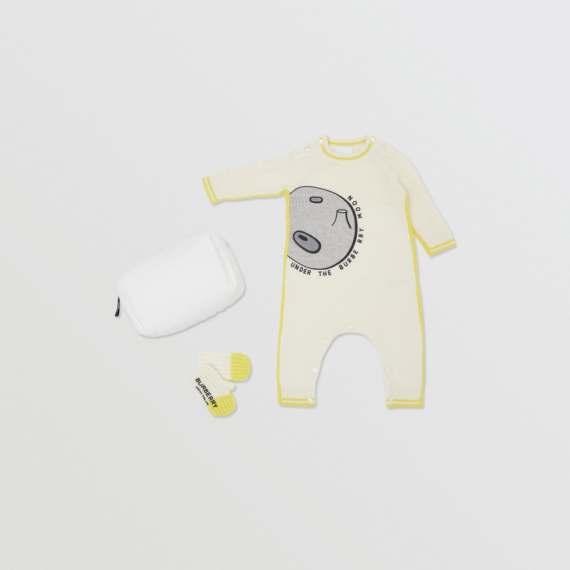 Moon Motif Wool Cashmere Two-piece Baby Gift Set in Ivory - Children | Burberry United Kingdom - gallery image 0