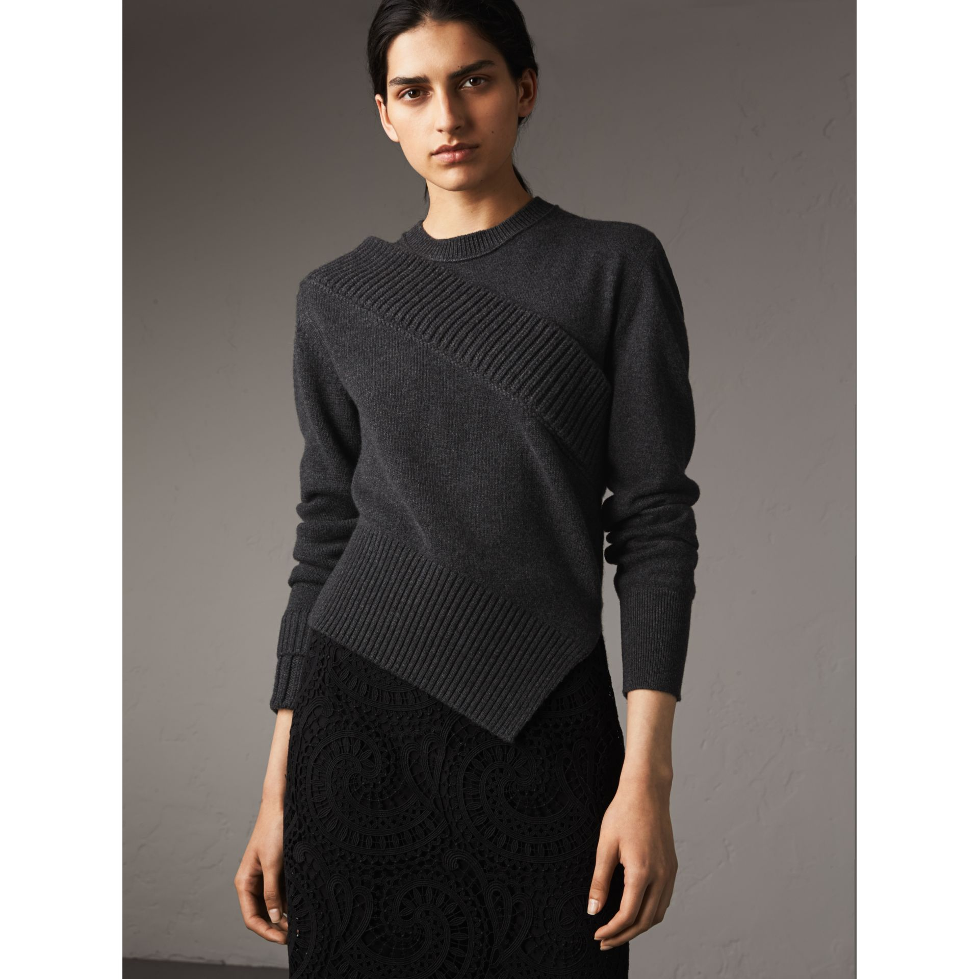 Rib Knit Detail Cashmere Asymmetric Sweater in Charcoal - Women | Burberry - gallery image 4