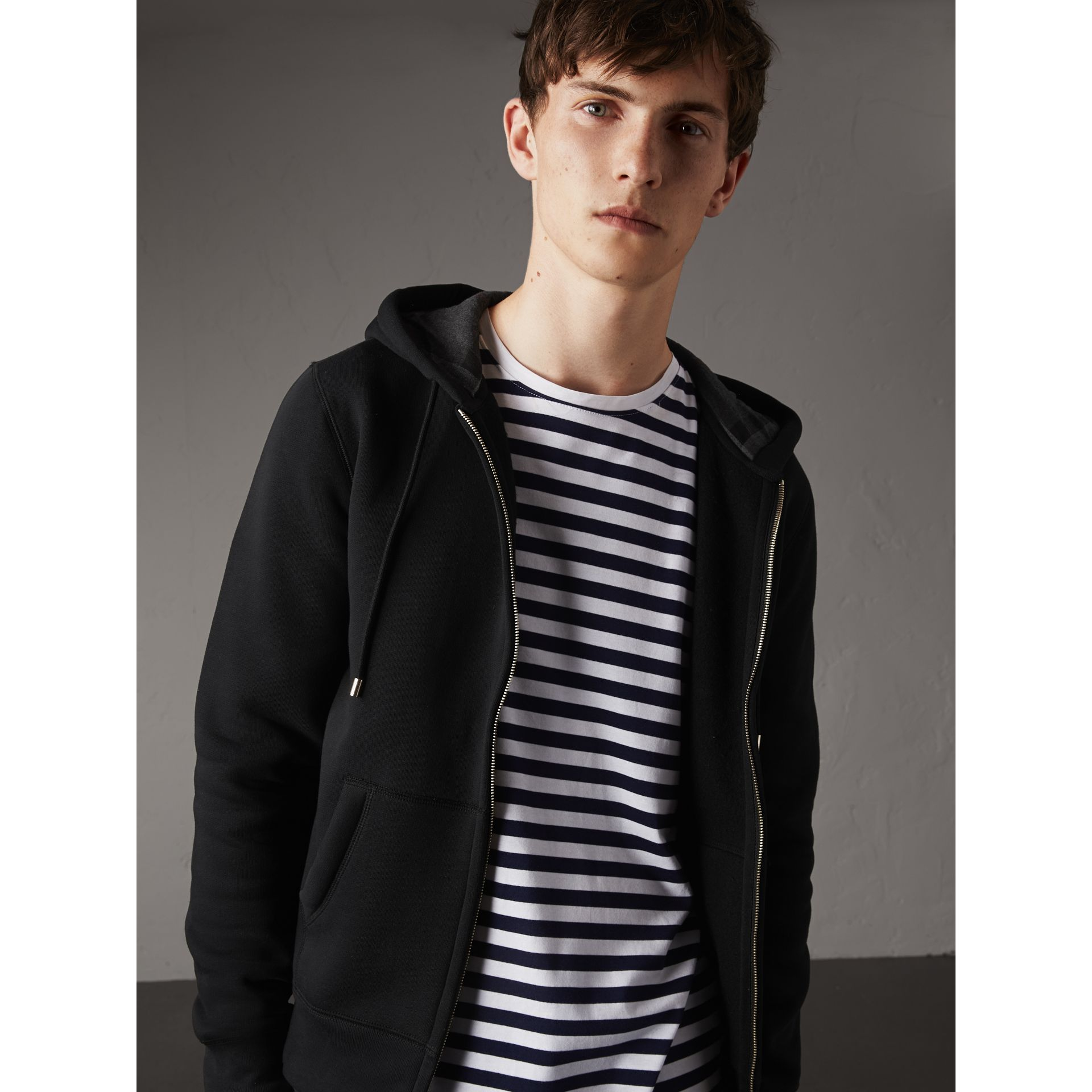 Hooded Cotton Jersey Top in Black - Men | Burberry Hong Kong - gallery image 5