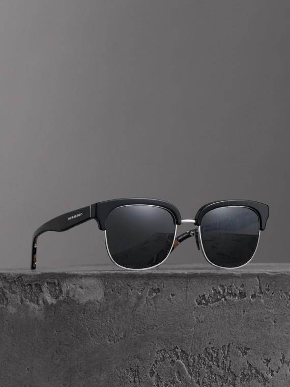 Sonnenbrille mit Karodetail (Schwarz)