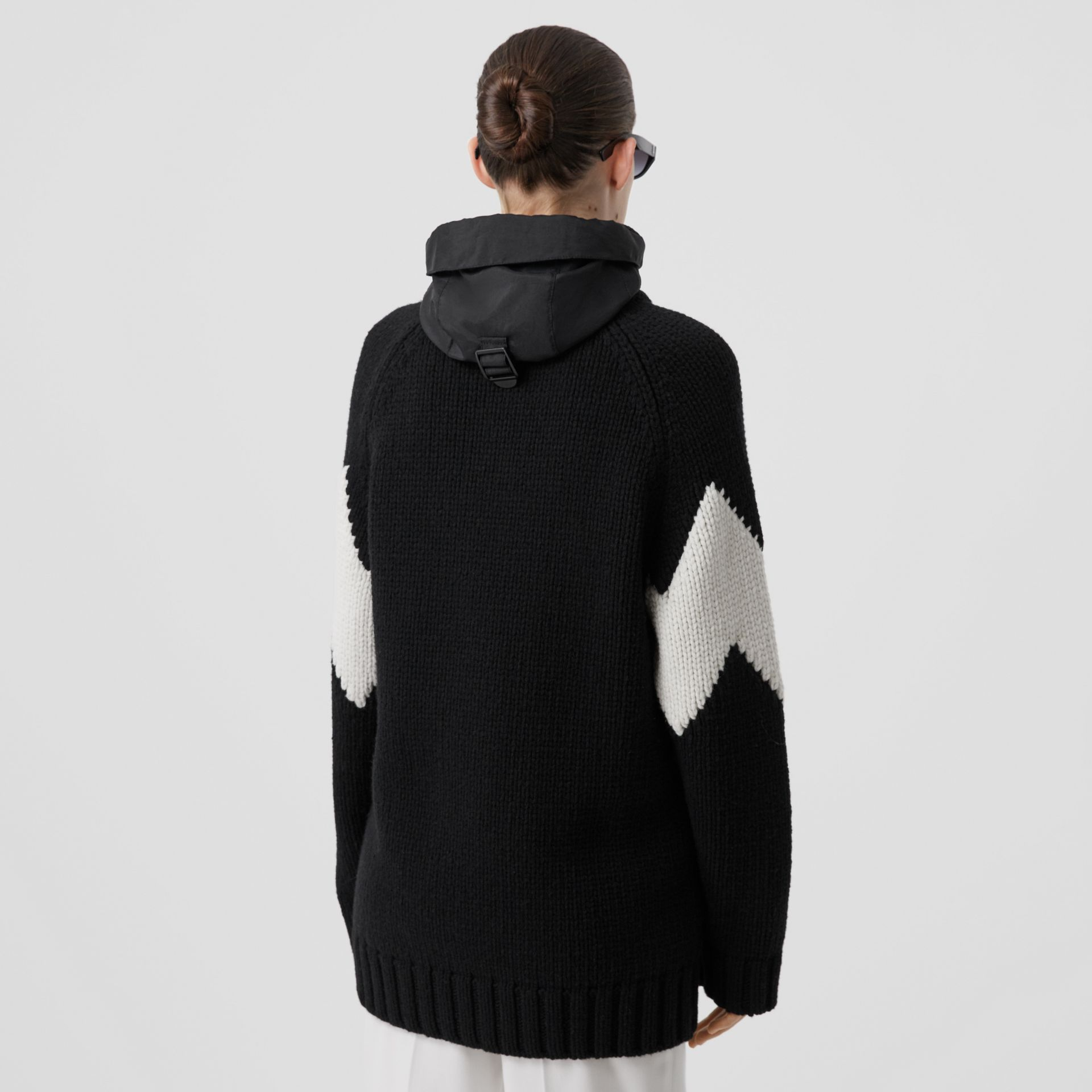 Detachable Hood Two-tone Wool Cashmere Cardigan in Black - Women | Burberry - gallery image 2