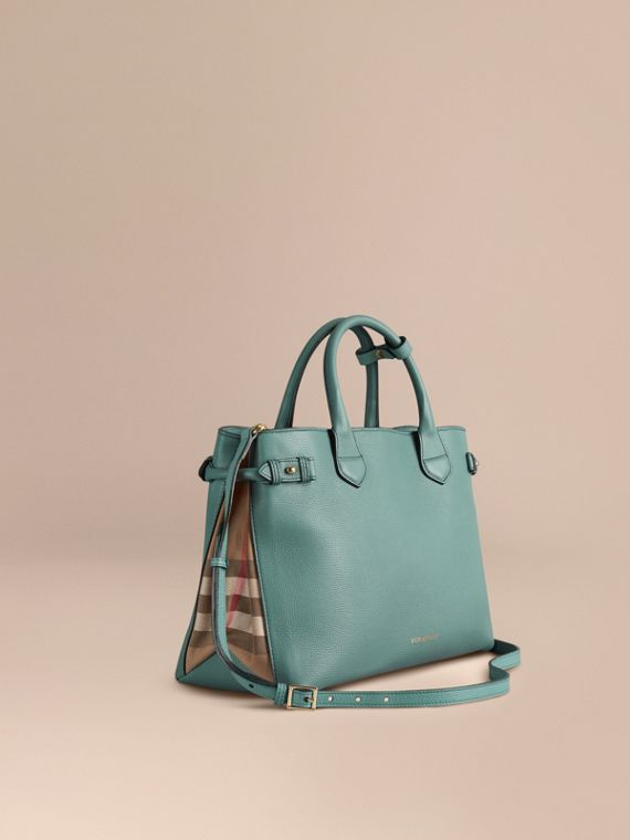 The Medium Banner in Leather and House Check in Smokey Green - Women   Burberry