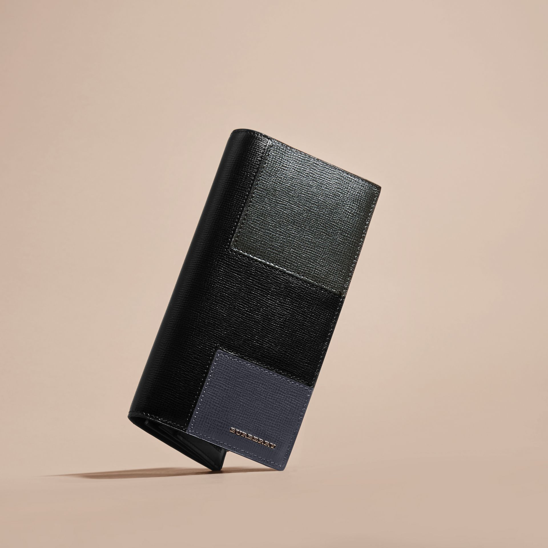 Black Patchwork London Leather Continental Wallet Black - gallery image 3