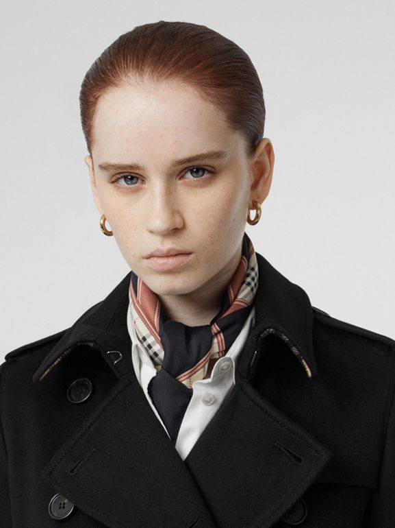 Trench coat in cashmere (Nero) - Donna | Burberry - cell image 1