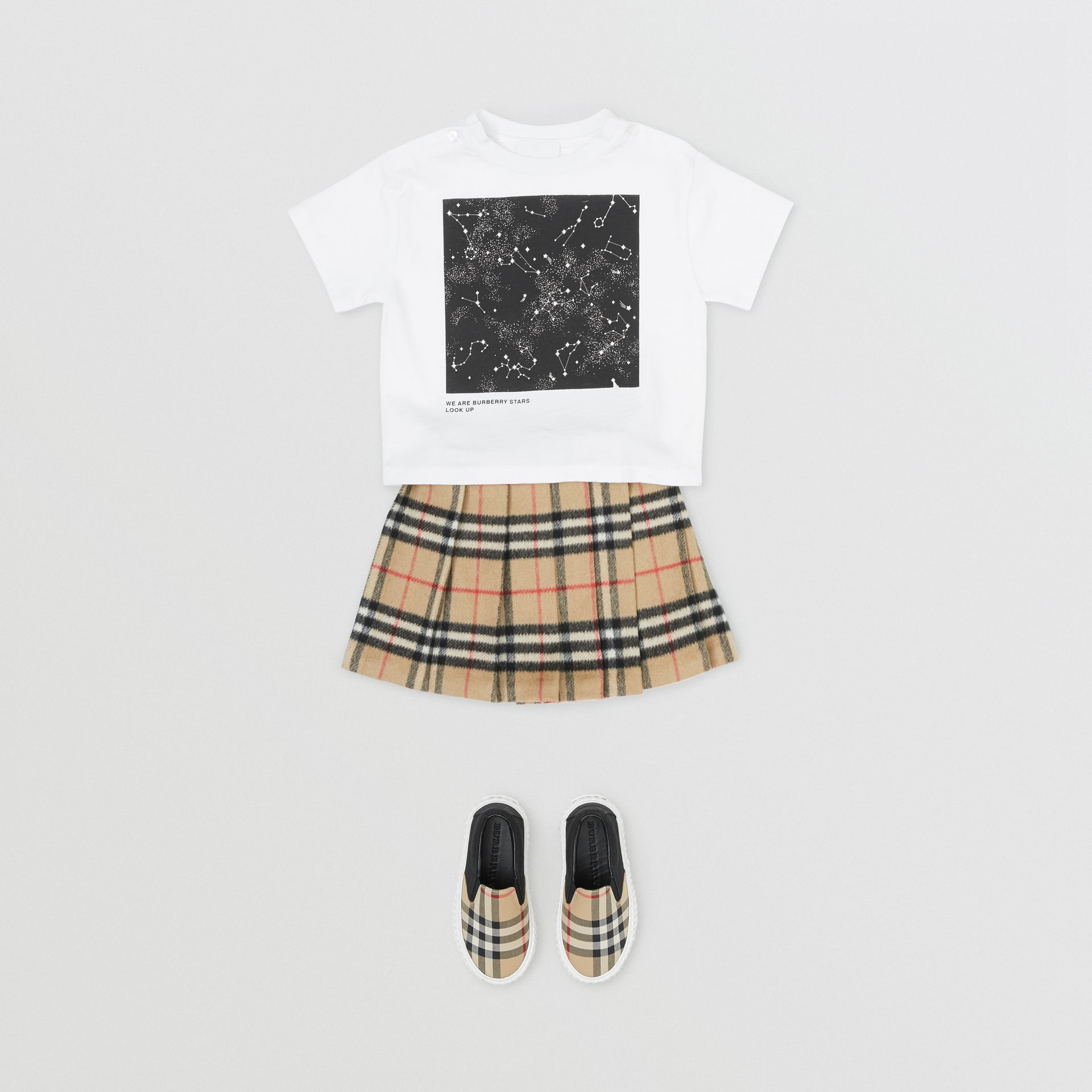 Star Print Cotton T-shirt in White - Children | Burberry United Kingdom - gallery image 2