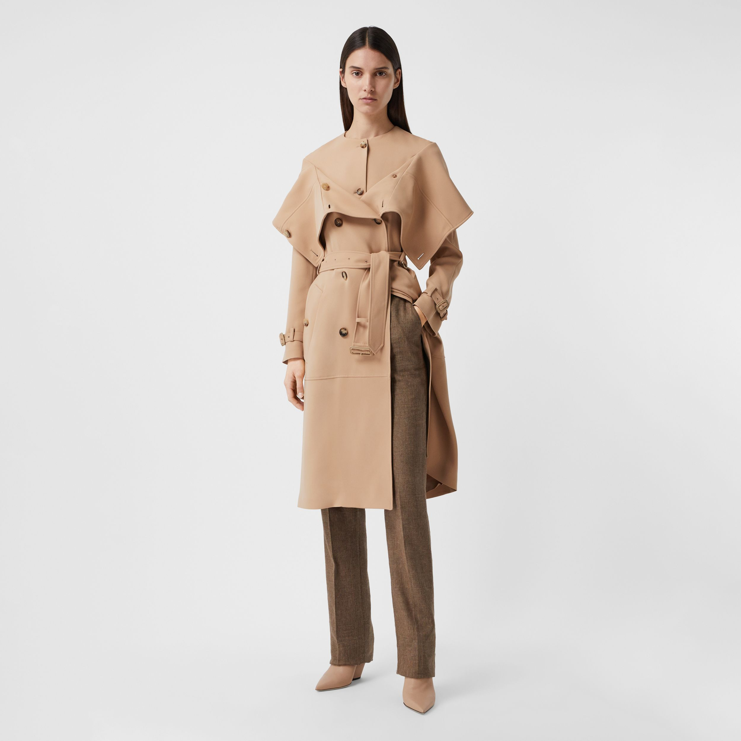 Trench coat ricostruito in cady di seta (Biscotto) - Donna | Burberry - 1