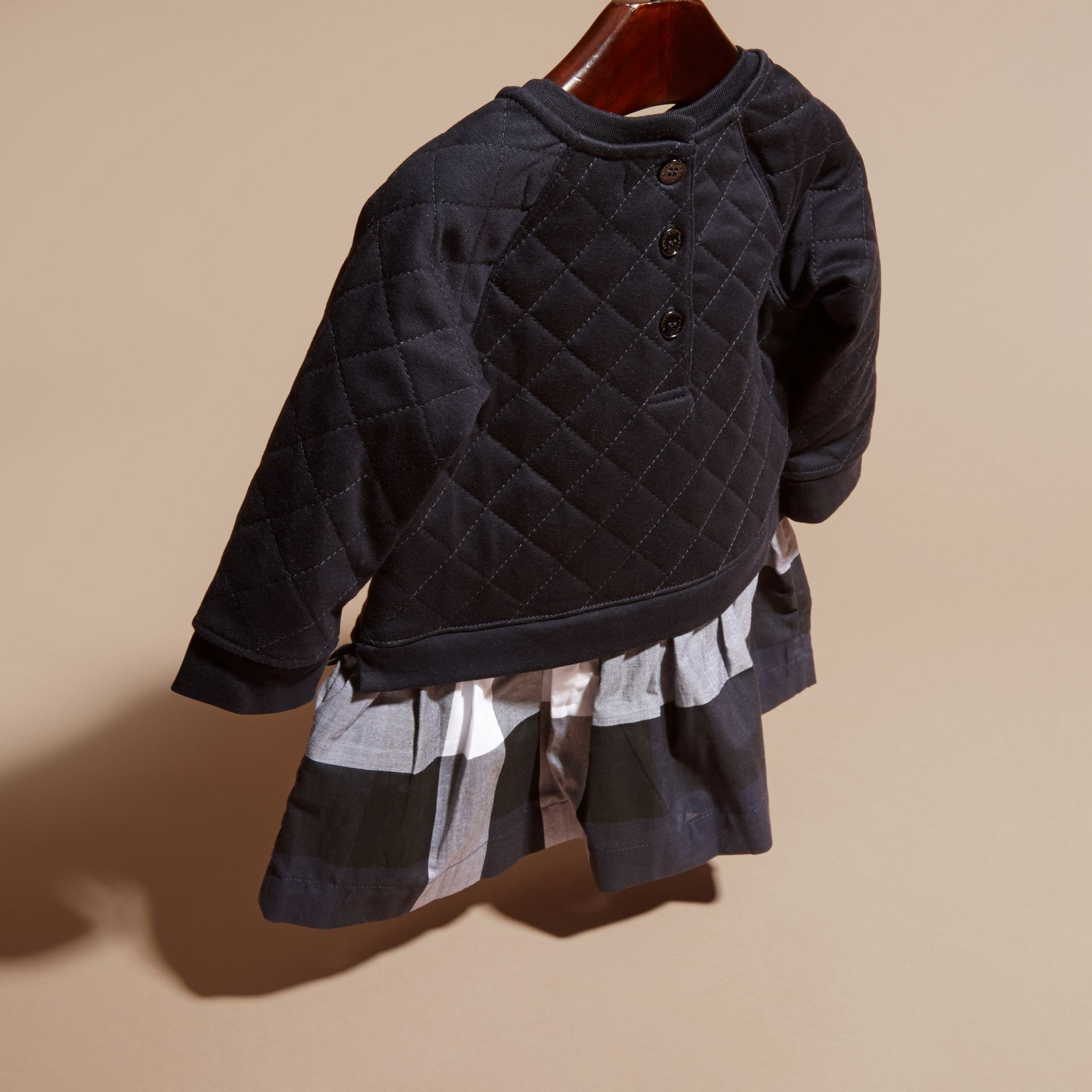 Quilted Jersey and Check Cotton Day Dress in Navy | Burberry United Kingdom - gallery image 3