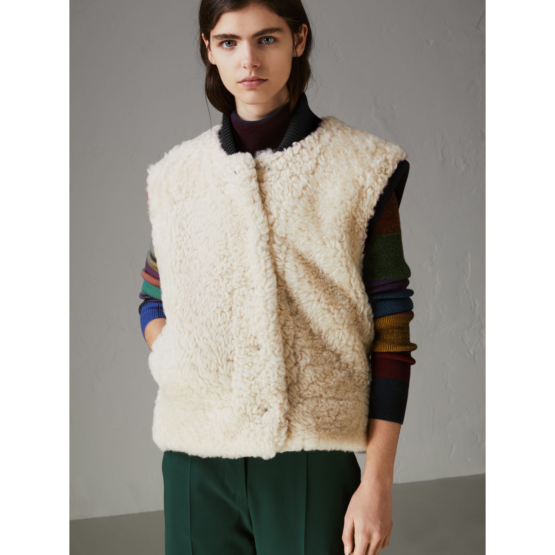 Two-tone Rib Knit Trim Shearling Gilet in Natural White - Women | Burberry - gallery image 4