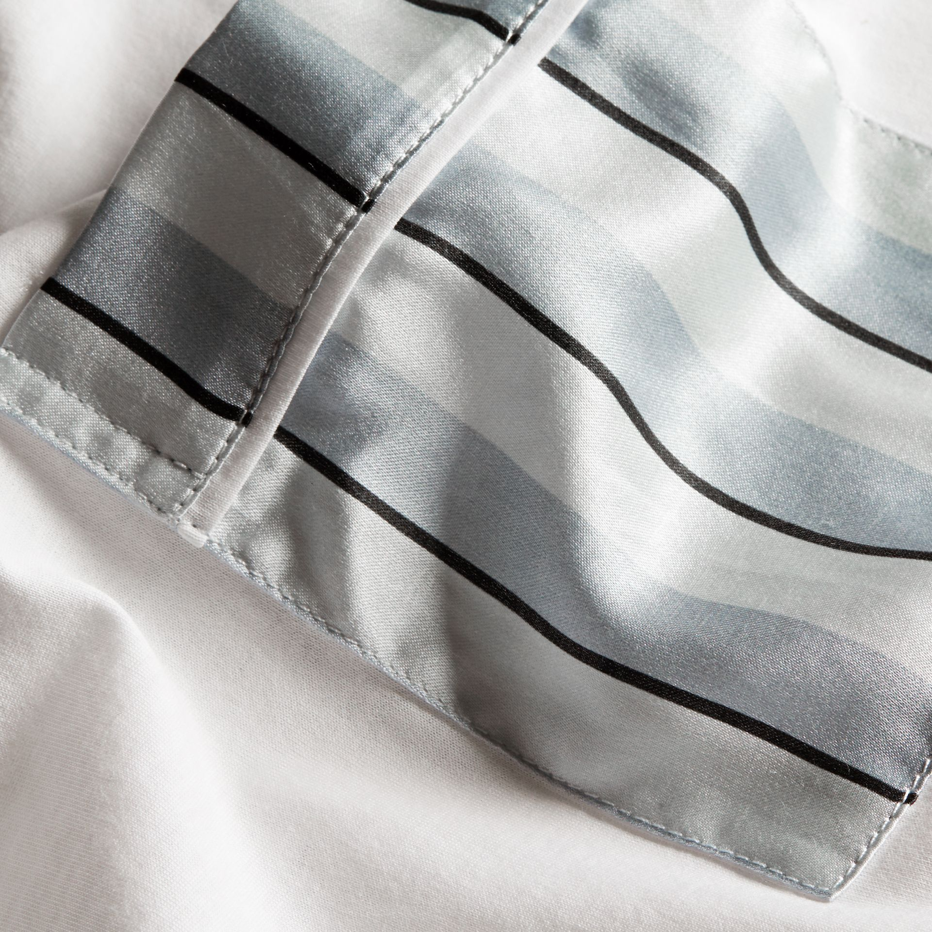 White Cotton T-shirt with Pyjama Stripe Pocket - gallery image 2