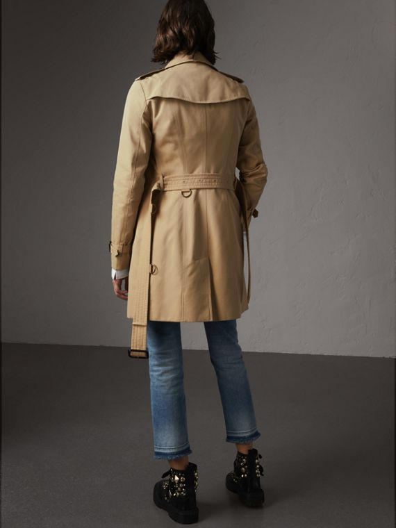 The Sandringham – Mid-length Trench Coat in Honey - Women | Burberry Australia - cell image 2